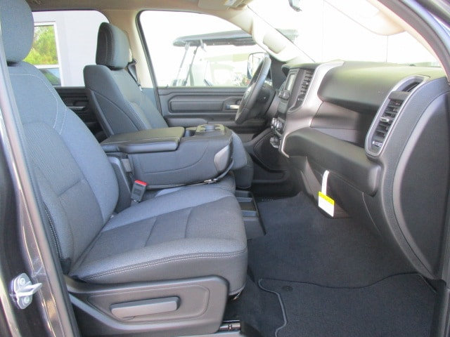 2019 Ram 1500 Crew Cab 4x4,  Pickup #15404 - photo 20
