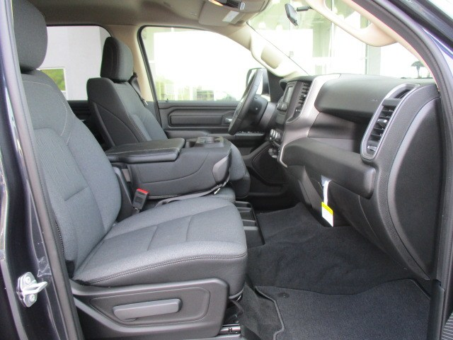 2019 Ram 1500 Crew Cab 4x4,  Pickup #15405 - photo 20
