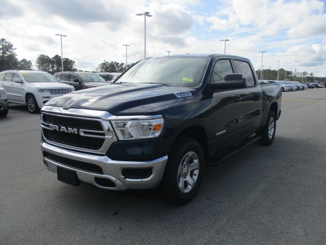 2019 Ram 1500 Crew Cab 4x4,  Pickup #15432 - photo 3