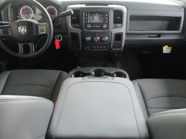 2018 Ram 3500 Crew Cab DRW 4x4,  Pickup #15518 - photo 13