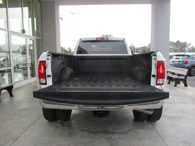 2018 Ram 3500 Crew Cab DRW 4x4,  Pickup #15518 - photo 19