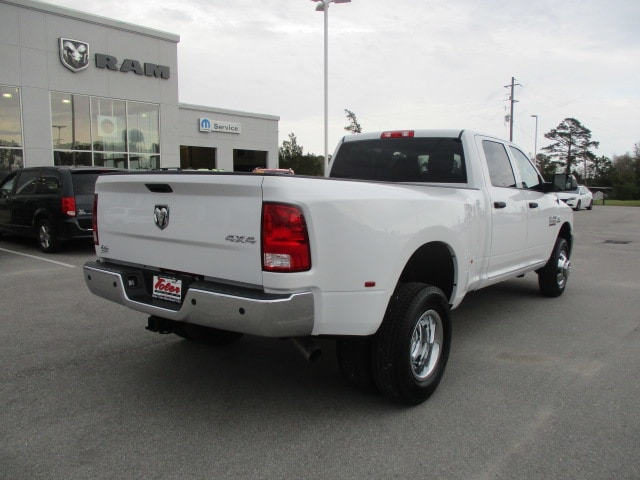 2018 Ram 3500 Crew Cab DRW 4x4,  Pickup #15518 - photo 2