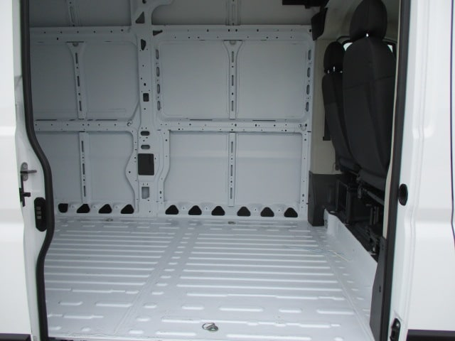 2019 ProMaster 2500 High Roof FWD,  Empty Cargo Van #15576 - photo 20