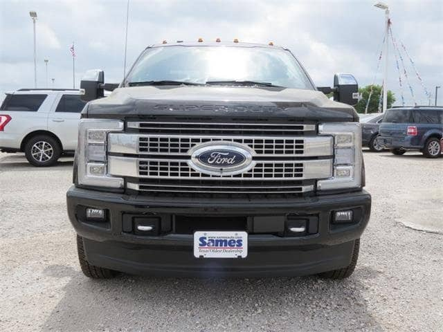 2018 F-350 Crew Cab DRW 4x4, Pickup #F53081 - photo 4