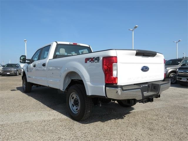 2018 F-250 Crew Cab 4x4,  Pickup #F53395 - photo 2