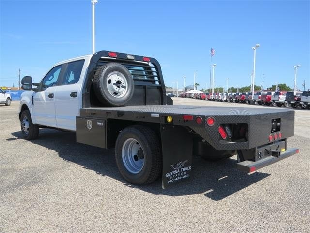 2018 F-350 Crew Cab DRW 4x2,  Freedom Platform Body #F53843 - photo 2