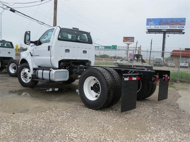 2019 F-750 Regular Cab DRW 4x2,  Cab Chassis #F53887 - photo 2