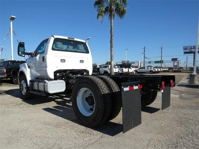 2019 F-750 Regular Cab DRW 4x2,  Cab Chassis #F53897 - photo 2