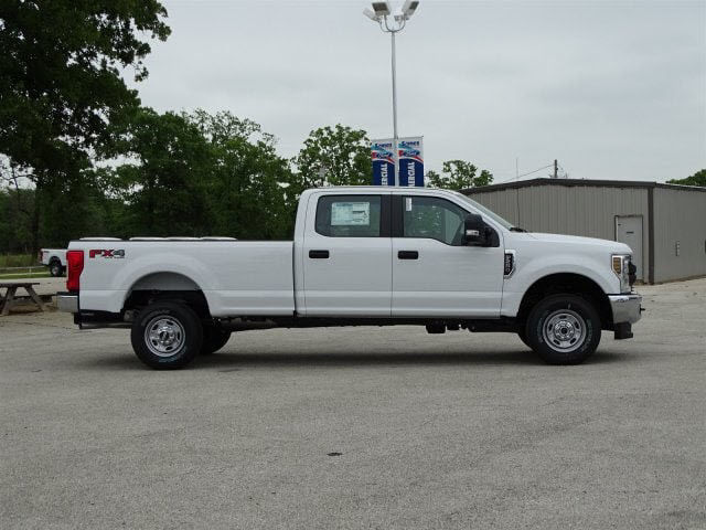 2018 F-250 Crew Cab 4x4,  Pickup #JEB68750 - photo 3