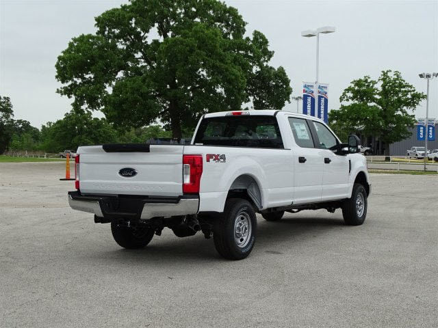 2018 F-250 Crew Cab 4x4,  Pickup #JEB68750 - photo 2