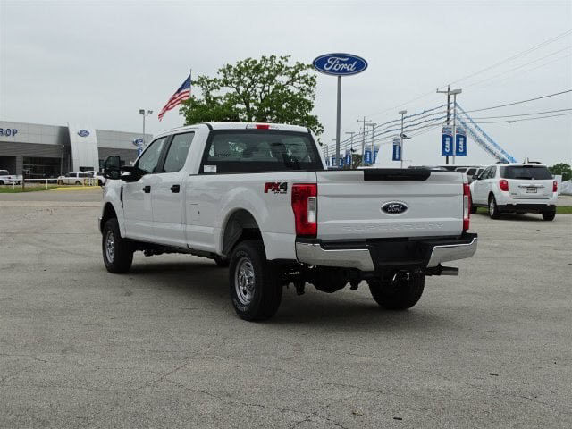 2018 F-250 Crew Cab 4x4,  Pickup #JEB68750 - photo 4