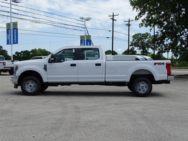 2018 F-250 Crew Cab 4x4,  Pickup #JEB68751 - photo 5