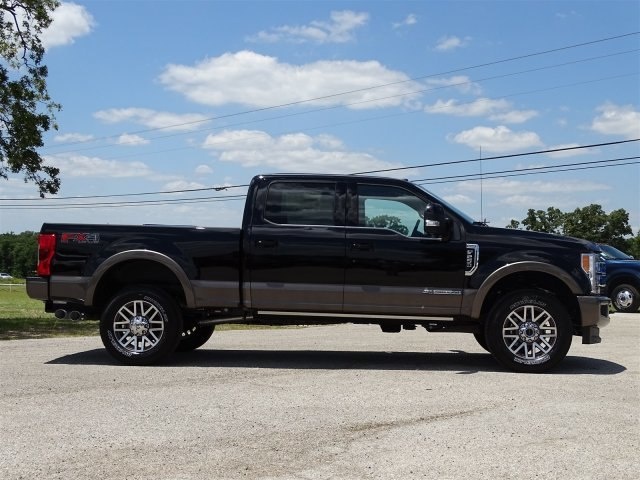 2018 F-250 Crew Cab 4x4, Pickup #JEC38997 - photo 3