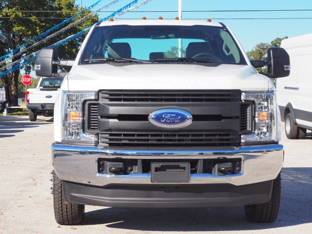 2019 F-350 Super Cab DRW 4x4,  Cab Chassis #KEC31511 - photo 3