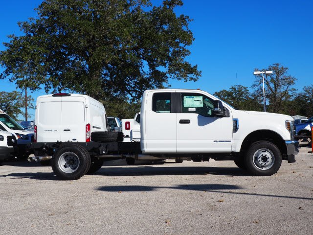2019 F-350 Super Cab DRW 4x4,  Cab Chassis #KEC31511 - photo 4
