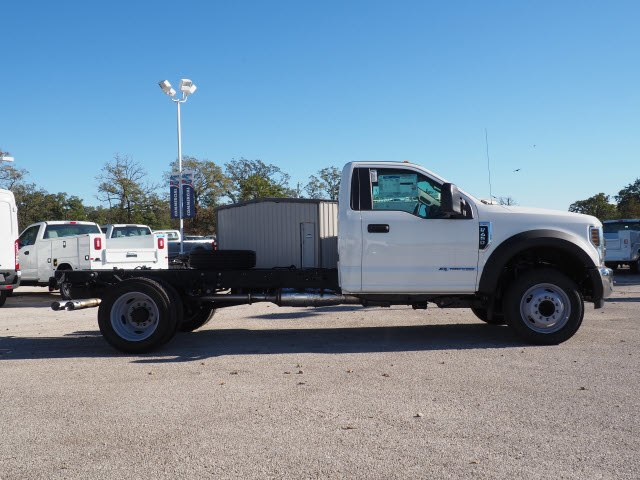 2019 F-450 Regular Cab DRW 4x2,  Cab Chassis #KEC47205 - photo 4