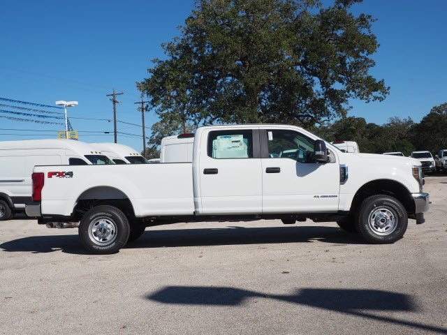 2019 F-250 Crew Cab 4x4,  Pickup #KEC88129 - photo 4