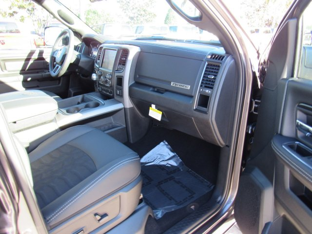 2018 Ram 1500 Crew Cab 4x4,  Pickup #C18-196 - photo 22