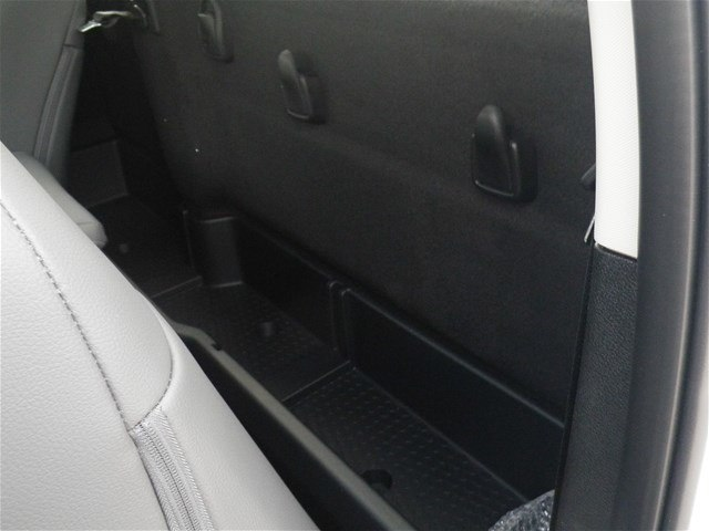 2018 Ram 3500 Regular Cab DRW 4x2,  Pickup #C18443 - photo 23