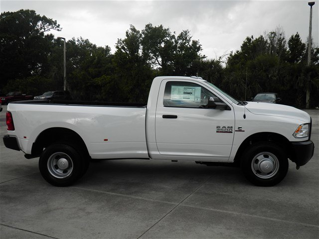 2018 Ram 3500 Regular Cab DRW 4x2,  Pickup #C18443 - photo 6