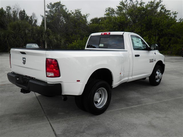 2018 Ram 3500 Regular Cab DRW 4x2,  Pickup #C18443 - photo 7