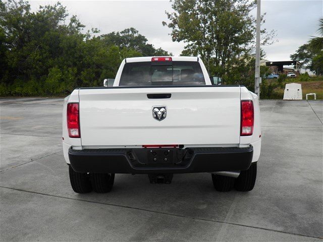 2018 Ram 3500 Regular Cab DRW 4x2,  Pickup #C18443 - photo 8