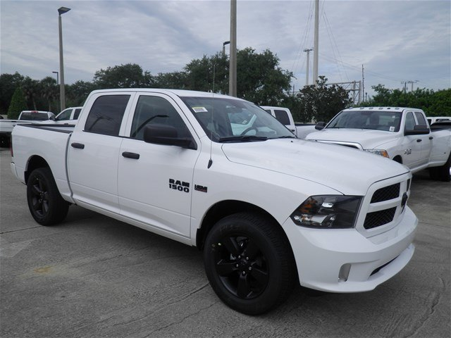 2018 Ram 1500 Crew Cab 4x2,  Pickup #C18632 - photo 5