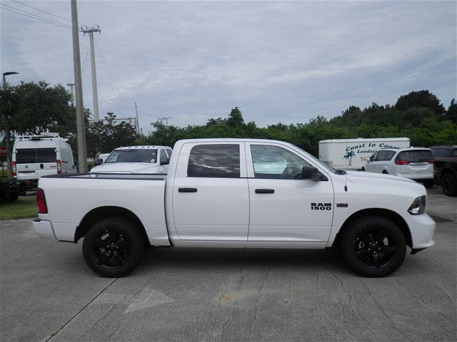 2018 Ram 1500 Crew Cab 4x2,  Pickup #C18632 - photo 6
