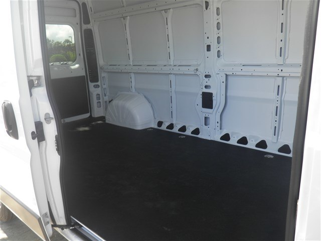 2018 ProMaster 2500 High Roof FWD,  Empty Cargo Van #C18732 - photo 8