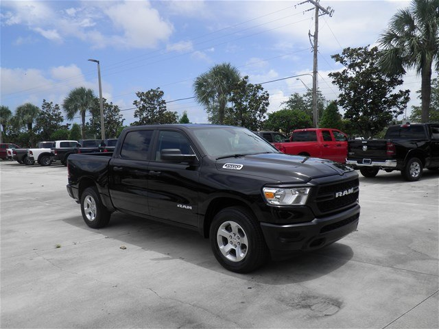 2019 Ram 1500 Crew Cab 4x2,  Pickup #C19039 - photo 3