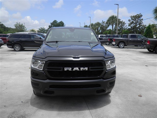 2019 Ram 1500 Crew Cab 4x2,  Pickup #C19039 - photo 4