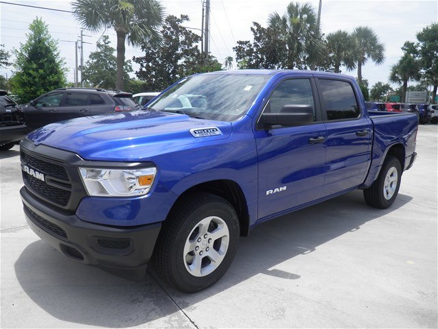 2019 Ram 1500 Crew Cab 4x2,  Pickup #C19057 - photo 3