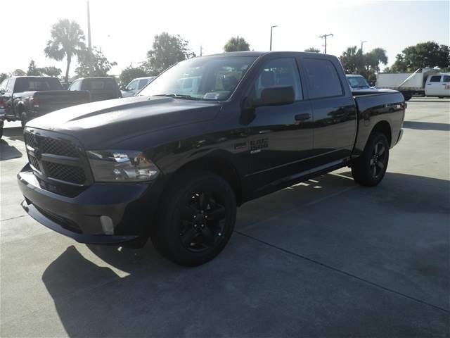 2019 Ram 1500 Crew Cab 4x2,  Pickup #C19084 - photo 1