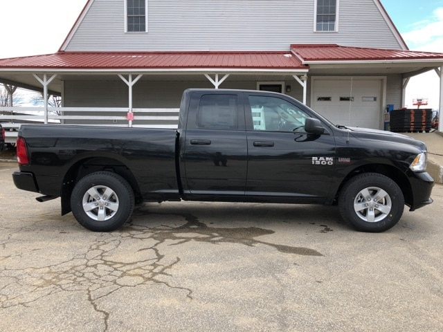 2018 Ram 1500 Quad Cab 4x4,  Pickup #CT18391 - photo 9