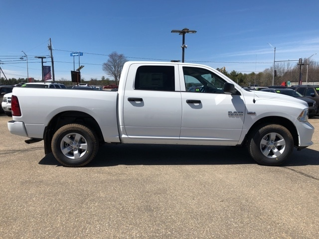 2018 Ram 1500 Crew Cab 4x4,  Pickup #CT18406 - photo 9