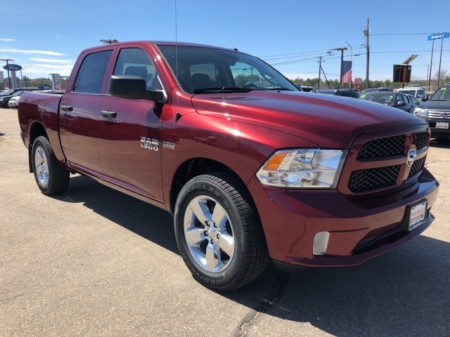 2018 Ram 1500 Crew Cab 4x4,  Pickup #CT18423 - photo 1