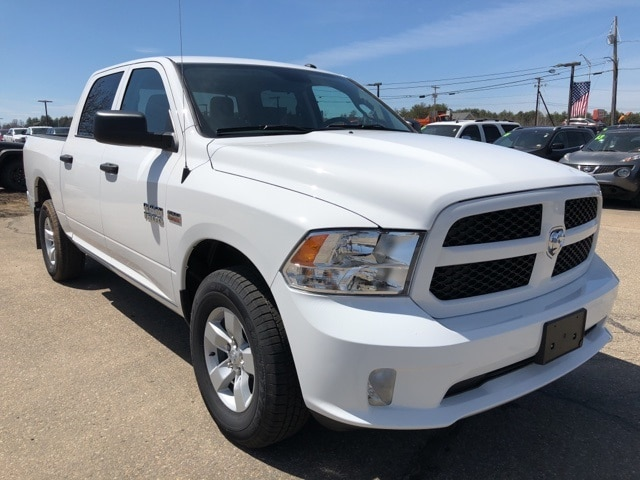 2018 Ram 1500 Crew Cab 4x4,  Pickup #CT18440 - photo 3