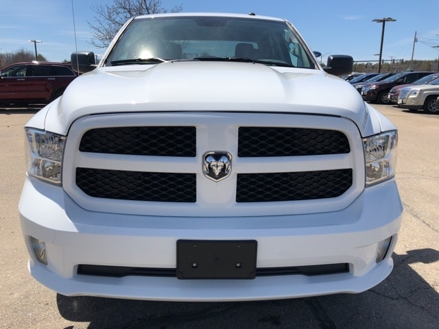 2018 Ram 1500 Crew Cab 4x4,  Pickup #CT18440 - photo 4