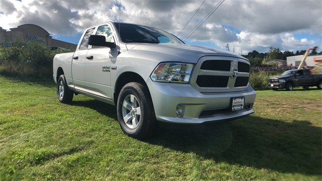 2018 Ram 1500 Quad Cab 4x4,  Pickup #CT18491 - photo 4