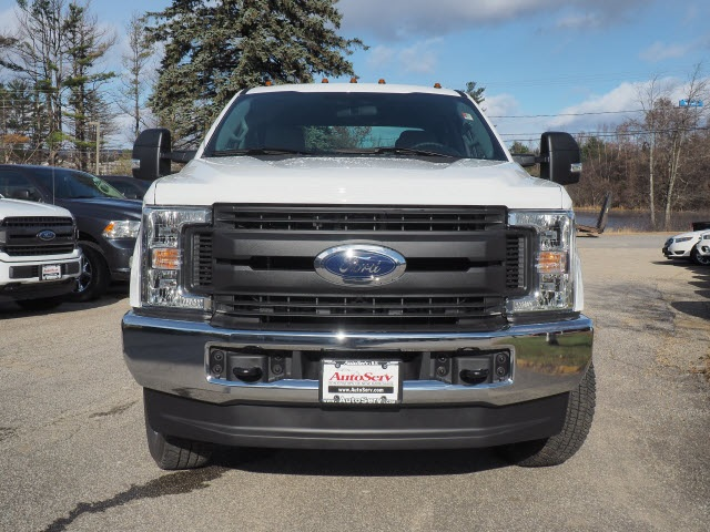 2019 F-350 Crew Cab 4x4,  Pickup #FT19023 - photo 3