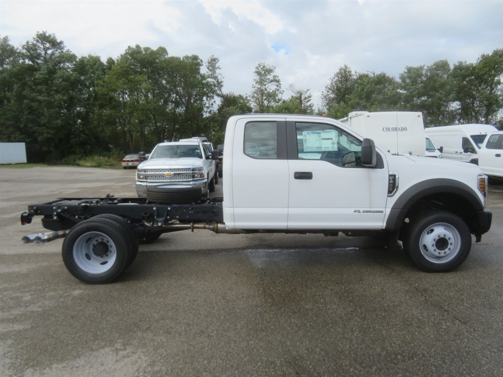 2018 F-450 Super Cab DRW 4x2,  Cab Chassis #F8349 - photo 3