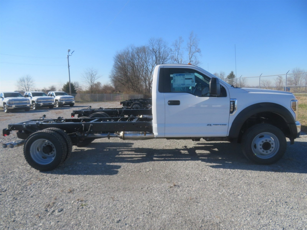 2019 F-550 Regular Cab DRW 4x2,  Cab Chassis #F8464 - photo 4