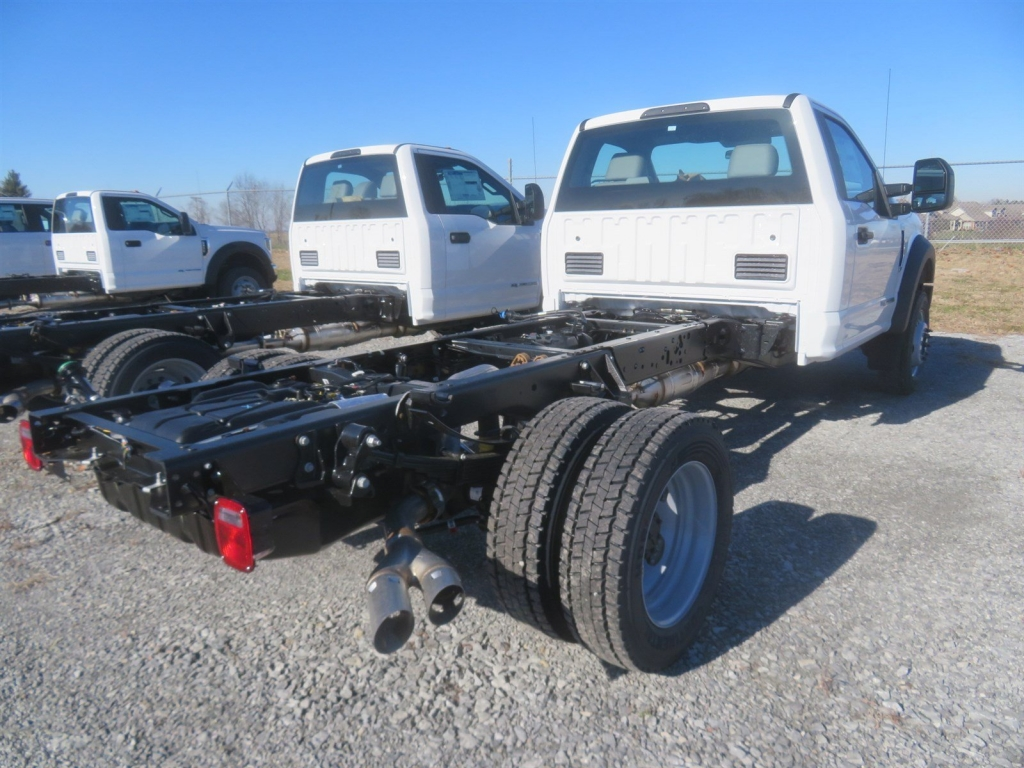 2019 F-550 Regular Cab DRW 4x2,  Cab Chassis #F8464 - photo 3