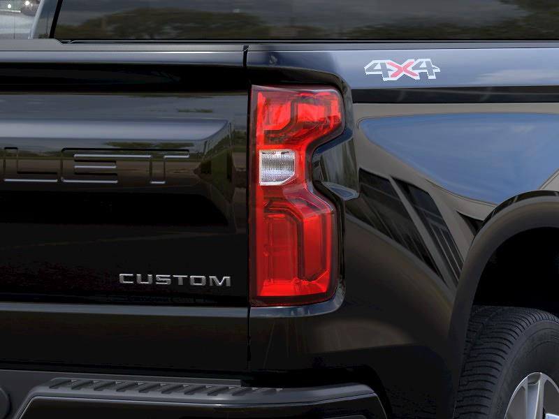 2021 Chevrolet Silverado 1500 Double Cab 4x4, Pickup #CK1392 - photo 9