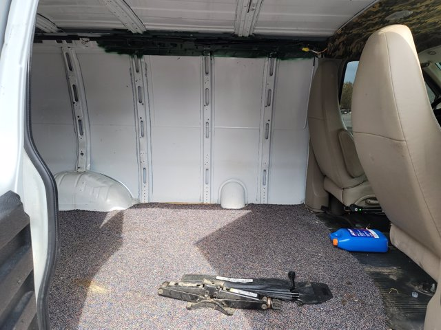 2013 Chevrolet Express 1500 4x2, Empty Cargo Van #136044 - photo 1