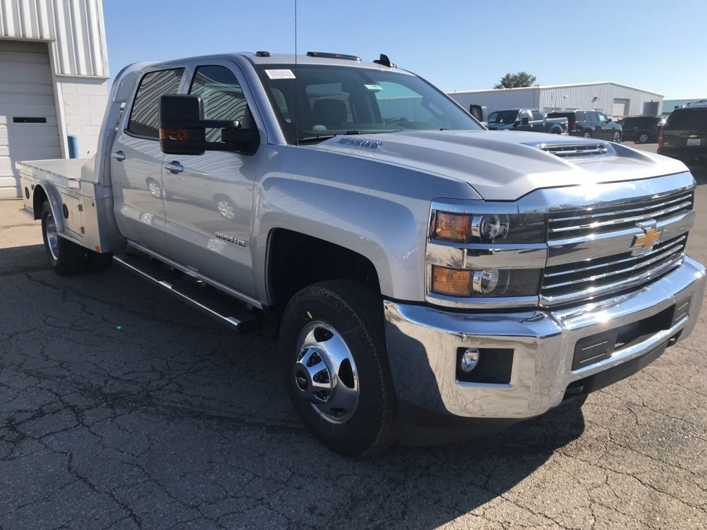 2018 Silverado 3500 Crew Cab 4x4,  CM Truck Beds Platform Body #C1647 - photo 5