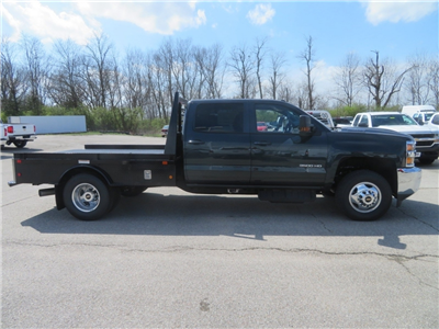 2018 Silverado 3500 Crew Cab 4x4,  Gooseneck Trailer Manufacturing Co. Platform Body #C1673 - photo 3