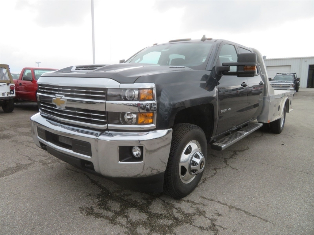 2018 Silverado 3500 Crew Cab 4x4,  CM Truck Beds Platform Body #C1731 - photo 5