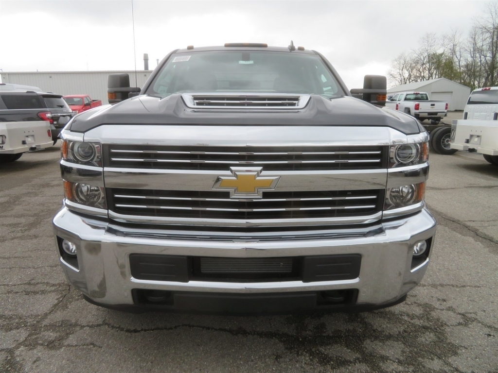 2018 Silverado 3500 Crew Cab 4x4,  CM Truck Beds Platform Body #C1731 - photo 6