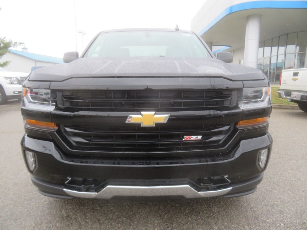 2018 Silverado 1500 Crew Cab 4x4,  Pickup #C2023 - photo 5